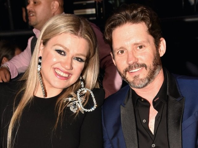 Kelly Clarkson Gets Candid Over How Often She and Husband Brandon Blackstock Have Sex