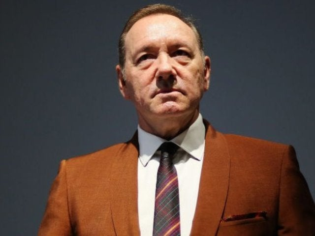 Kevin Spacey Posts Cryptic 'Kill Them With Kindness' Christmas Video as Frank Underwood, and Social Media Is Perplexed