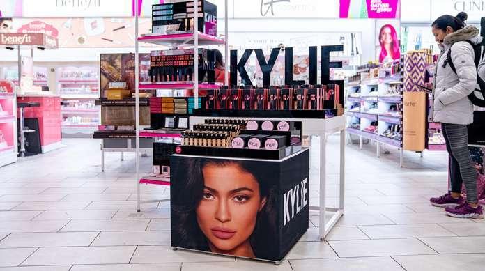 Kylie-Jenner-Cosmetics