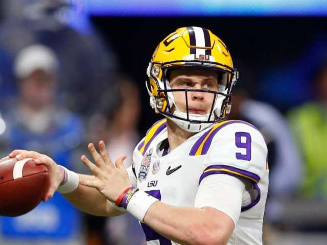 Watch: LSU QB Joe Burrow Learns About Death of OC Steve Ensminger's Daughter-in-Law During Post-Game Interview