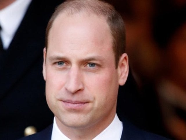Prince William Poses With His and Kate Middleton's Children in Heartwarming Christmas Photo