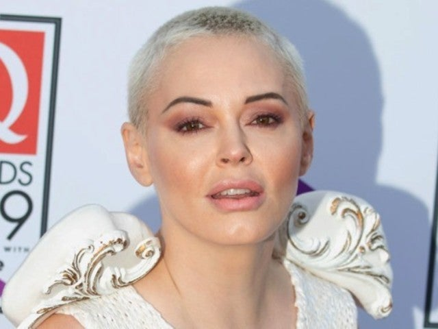 Rose McGowan Lights up Social Media With NSFW Photo