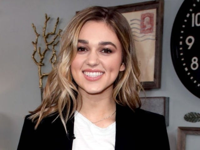 'Duck Dynasty' Daughter Sadie Robertson Loves What Her New Husband Thinks of Her Stretchmarks