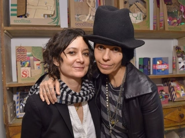 Linda Perry Posts Concert Update Amid Split From Sara Gilbert