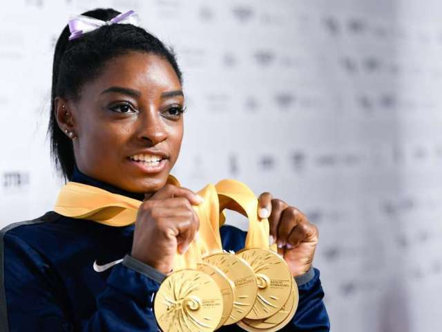 Simone Biles Reveals Steamy Beach Photo With Boyfriend Stacey Ervin Jr.
