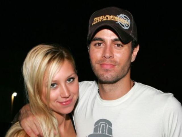 Anna Kournikova Expecting Third Child With Enrique Iglesias