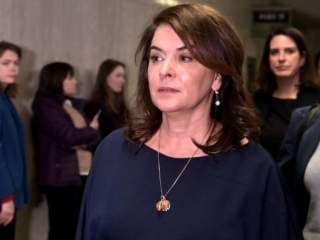 'Sopranos' Actress Annabella Sciorra Details Rape Allegation at Harvey Weinstein Trial