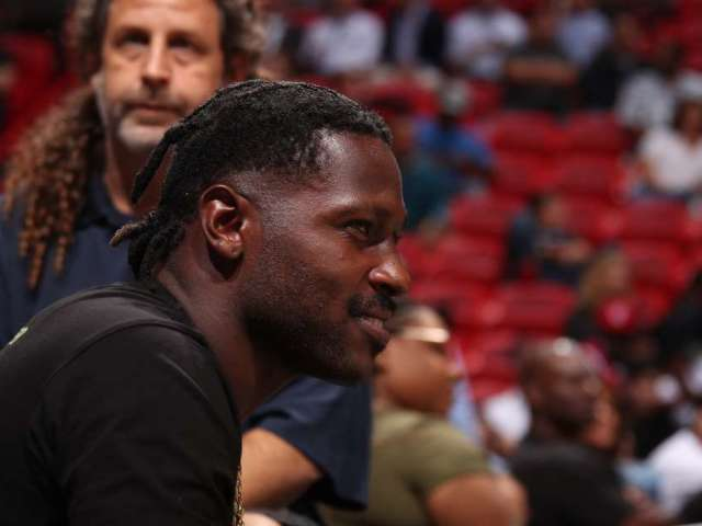 Antonio Brown Admits He Put Himself in a 'Bad Predicament'