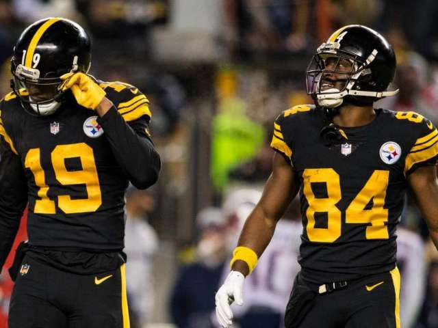 Antonio Brown Attacks Steelers WR JuJu Smith-Schuster on Twitter, Calls Him a 'Bum'