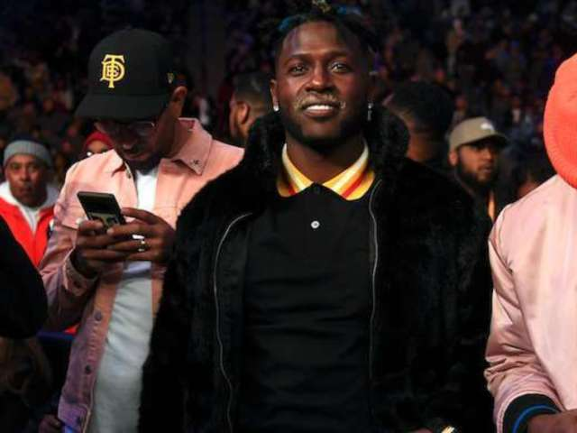 Antonio Brown Says He 'Respects Authority' After Profanity-Laden Rant at Police Officers