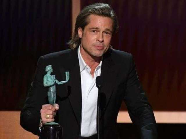 SAG Awards 2020: Brad Pitt Jokes He's Adding Best Supporting Actor Award to 'Tinder Profile'