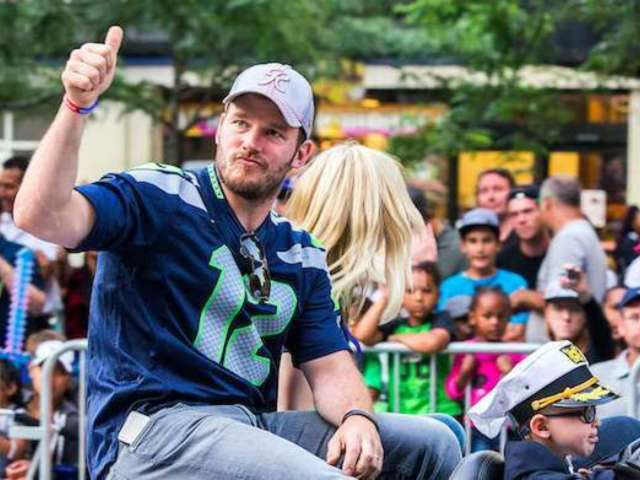 Chris Pratt Reveals Epic Seahawks Memory Ahead of Tonight's Playoff Game