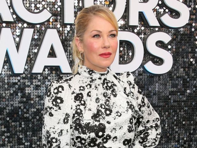 SAG Awards 2020: Christina Applegate Addresses Whether There Will Be a 'Married With Children' Reboot Reunion