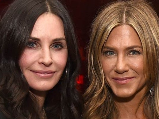 SAG Awards 2020: Courteney Cox Shows Her Love for Brad Pitt and Jennifer Aniston's Backstage Reunion