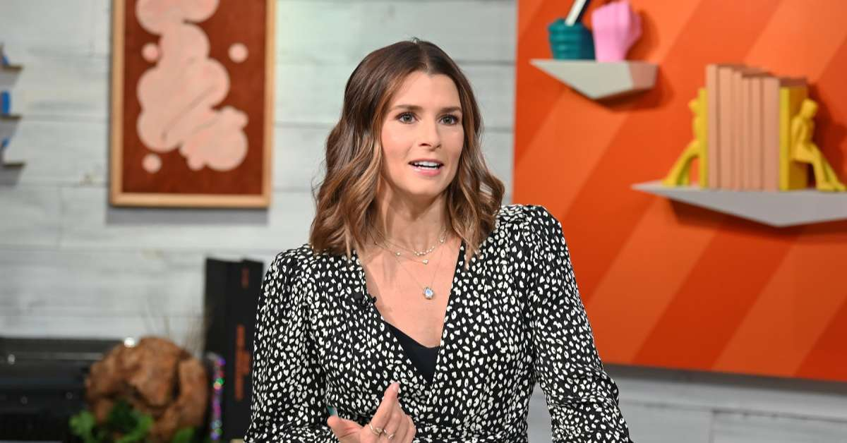 Danica Patrick funny reaction 49ers fans consoling her Aaron Rodgers Packers NFC Championship loss