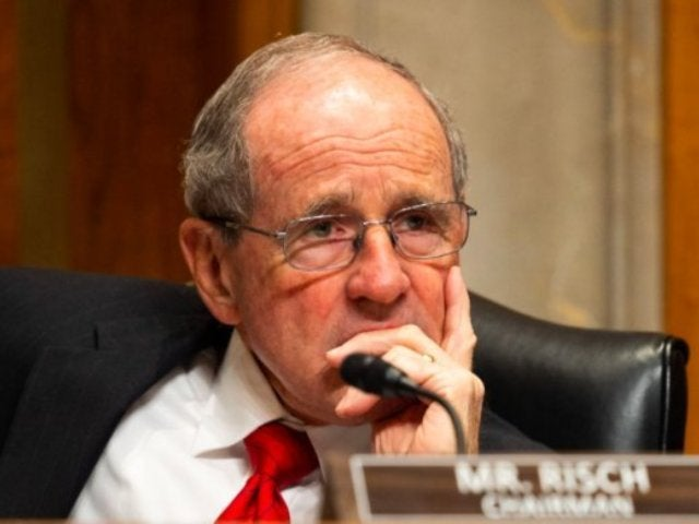 Donald Trump Impeachment Sketch Artist Shows Sen. Jim Risch Asleep During Trial