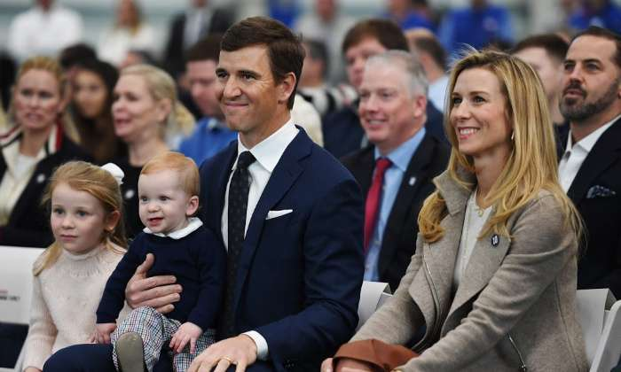 eli-manning-abby-mcgrew-retirement-new-york-giants (1)