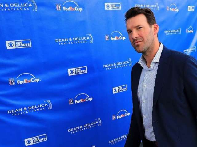 ESPN to Reportedly Offer Tony Romo Record-Breaking Contract to Join NFL Broadcast