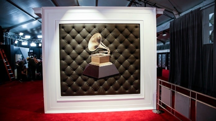 grammys red carpet cbs