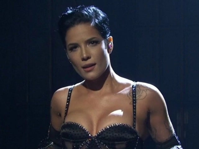 'SNL': Halsey Wows Audiences With Showstopping Performances