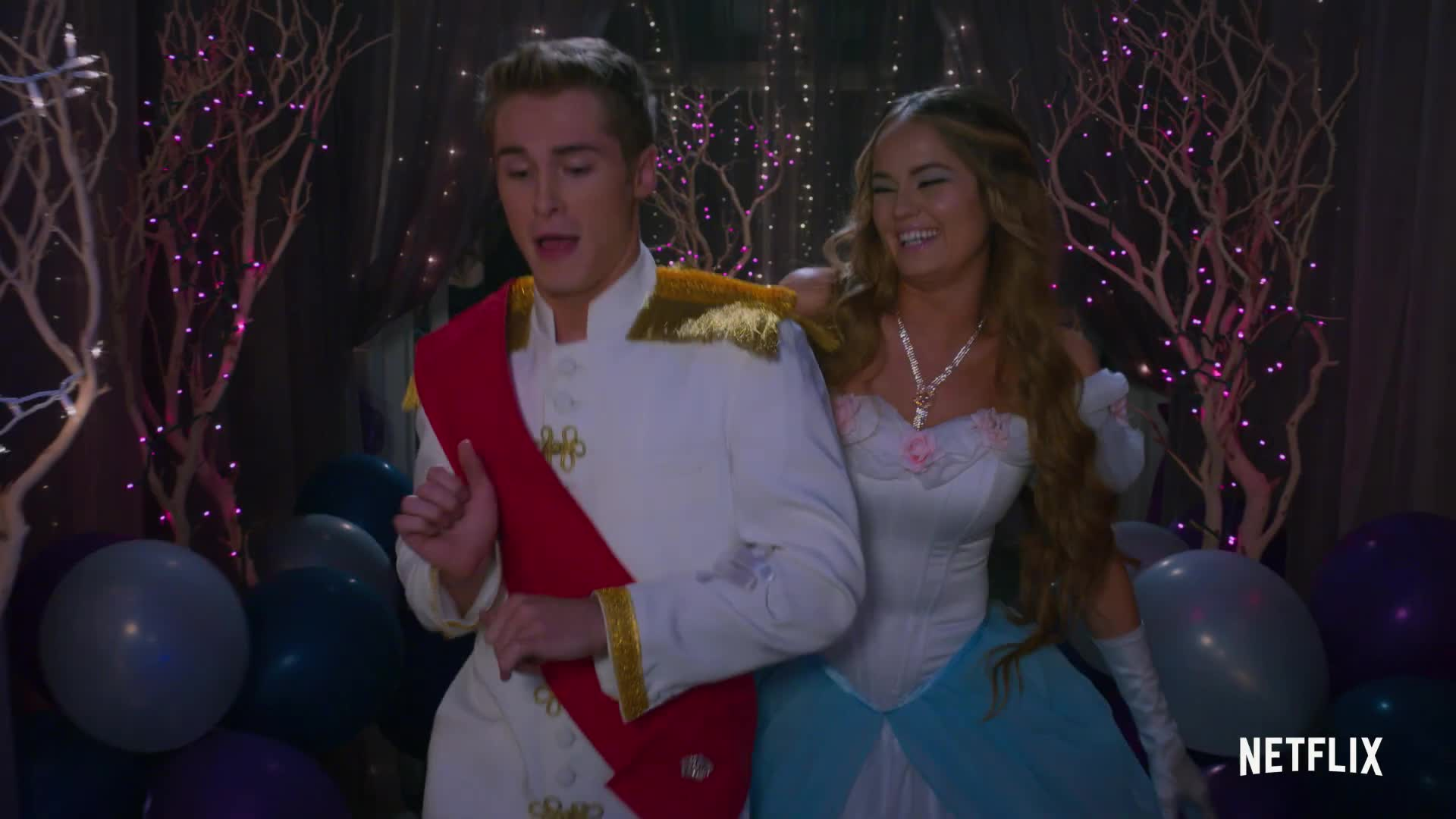 Insatiable Season 2 - Official Trailer - Netflix screen capture