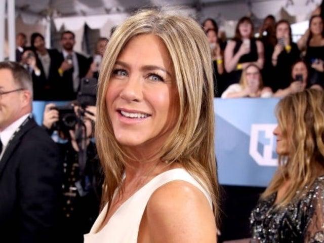 Jennifer Aniston Weighs in on Brad Pitt Buzz During SAG Awards