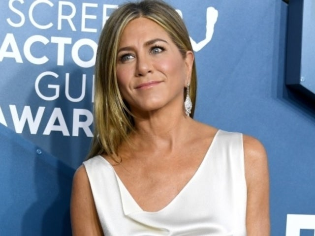 Jennifer Aniston Posts NSFW Message for Coronavirus Amid Quarantine