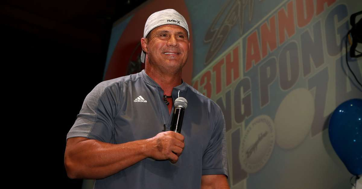 Jose Canseco rips fan Top Golf
