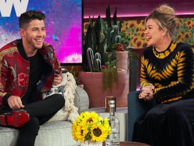 'The Voice': Kelly Clarkson Teases Nick Jonas 'Better Watch out' Ahead of Season 18 Premiere