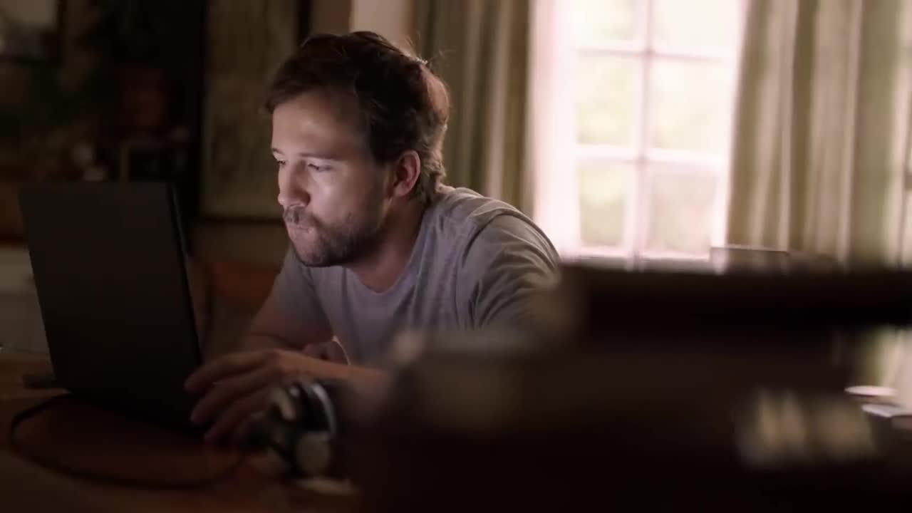 Kraft Heinz Devour Food Super Bowl 2019 Ad screen capture