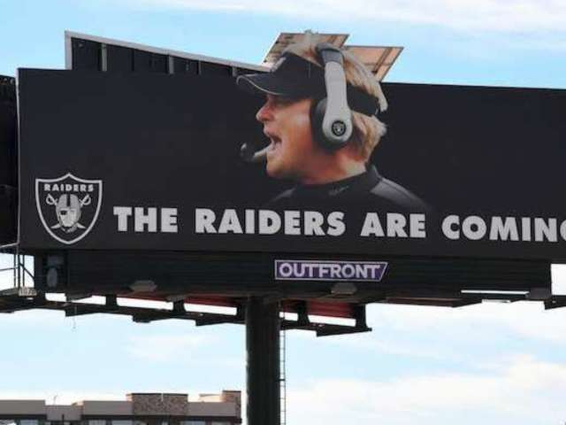 Raiders Tease New Las Vegas-Themed Team Logo, Fans Lose It