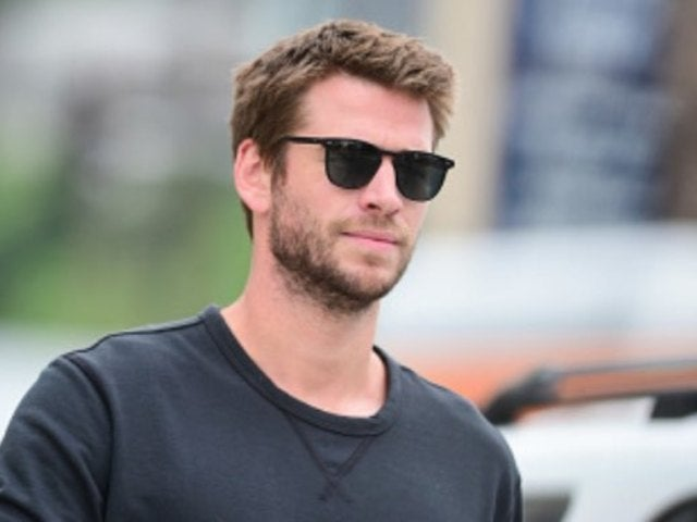 Liam Hemsworth Spotted Kissing Girlfriend Gabriella Brooks While Vacationing in Australia