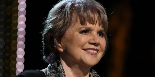 Music Legend Linda Ronstadt Likens Donald Trump to Hitler: 'If You Read the History, You Won't Be Surprised'