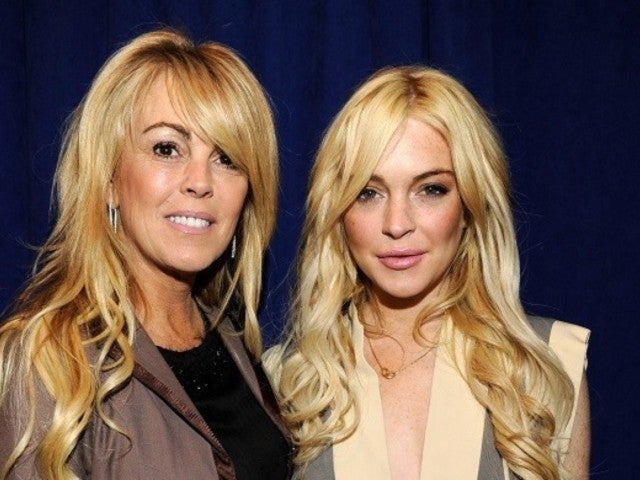 Lindsay Lohan's Mom Dina Arrested for DWI After 'Clipping' Another Car