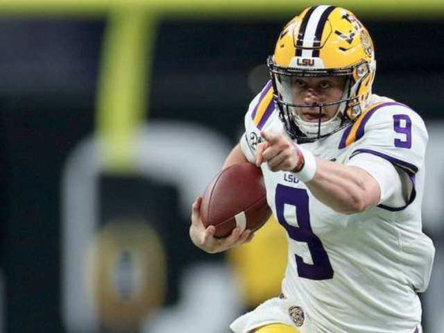 LSU Defeats Clemson in College Football Championship, and Fans Are Beyond Hype