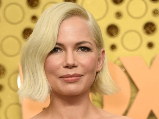 Michelle Williams Displays Engagement Ring in First Outing Since Pregnancy, Wedding Announcement