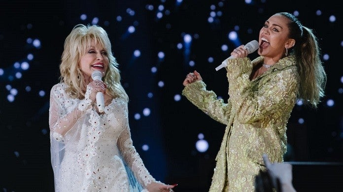miley-cyrus-dolly-parton-getty