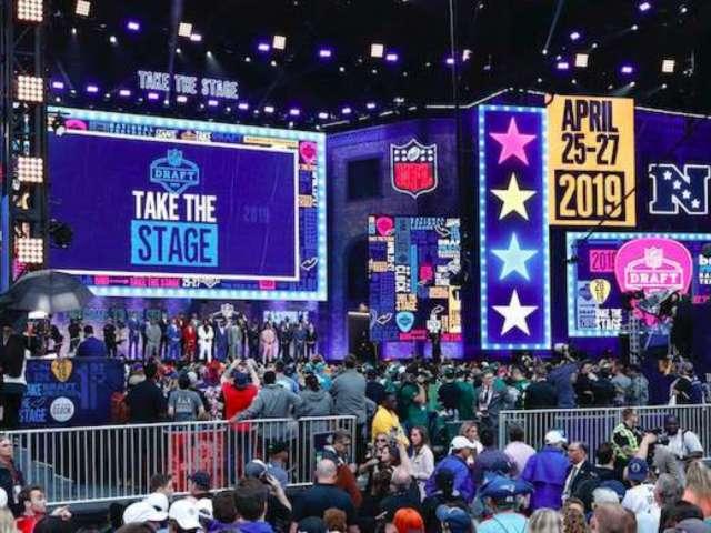 Raiders Shut Down Water Stage Reports, Clarify NFL Draft's Design