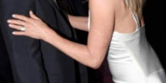 Pitt-Aniston-SAG-Awards-Getty-5