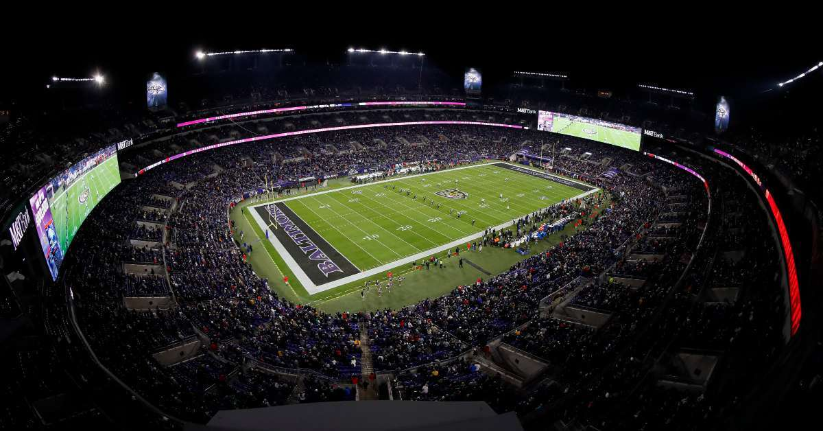 Ravens vs Titans fan dies collapsing during game