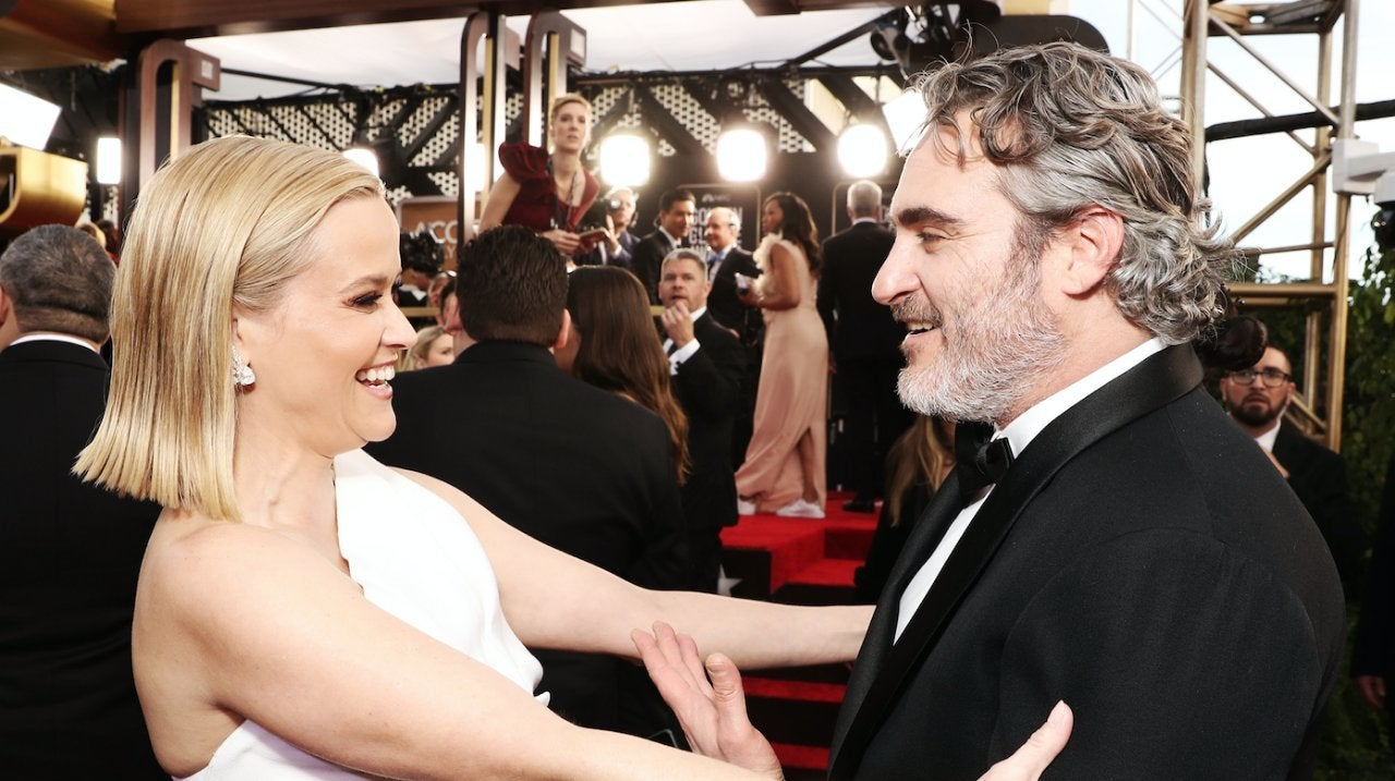 reese-witherspoon-joaquin-phoenix-golden-globes-2020-01