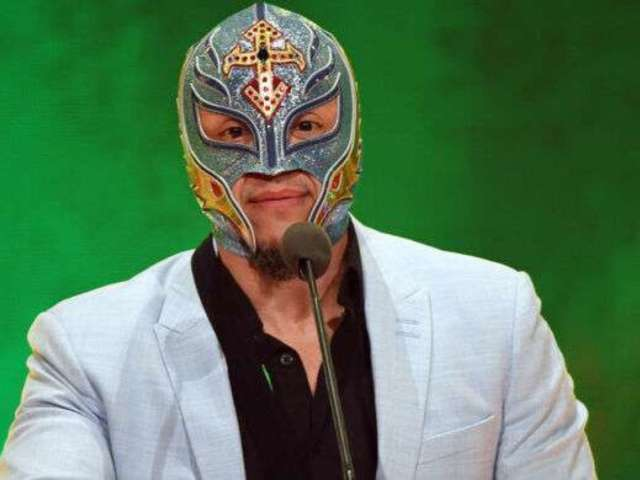 Rey Mysterio Fans Feared He Died When They Saw His Name Trending, But Here's What Really Happened