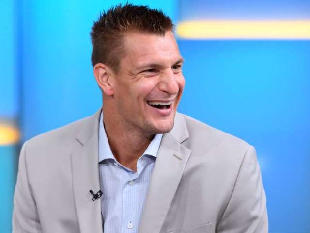 Rob Gronkowski Becomes Personal Trainer for Fitplan App