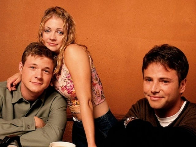 'Sabrina the Teenage Witch' Star Melissa Joan Hart Reunites With Co-Stars in New Photo