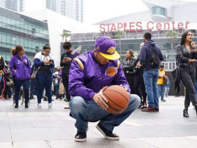 Kobe Bryant Dead: Officials Requesting Crowds to Steer Clear of Staples Center Due to Grammys 2020