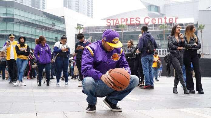 Staples-Center