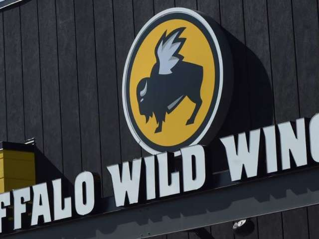 Super Bowl 2020: Buffalo Wild Wings to Give Away Free Wings If Game Goes Into Overtime