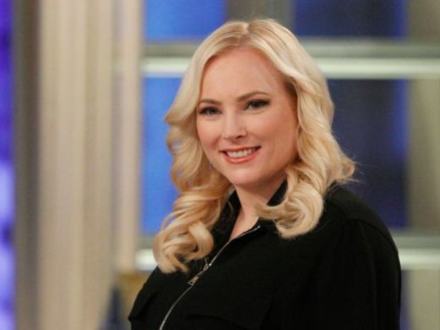 Oscars 2020: 'The View's Meghan McCain Weighs in on Laura Dern and Her Daughter