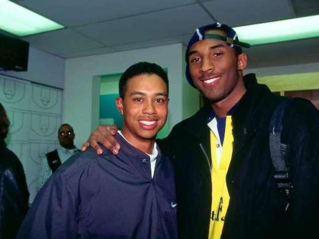 Tiger Woods Hits Eerie 'Kobe Bryant' Putt