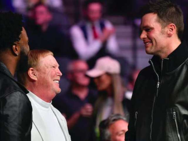 UFC 246: Raiders Owner Mark Davis Attends Cerrone vs. McGregor, Chats up Tom Brady